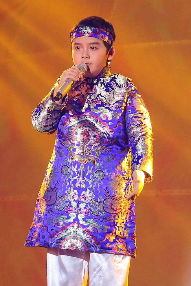 Nhat Minh tro thanh quan quan The Voice Kids 2016 hinh anh 9