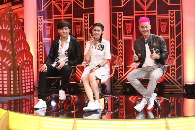 Thanh Duy om Truong Giang bat khoc nhu mua trong game show hinh anh 1