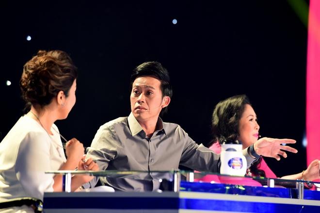 Hoai Linh cuoi nghieng nga khi Le Giang hat cai luong hinh anh 3