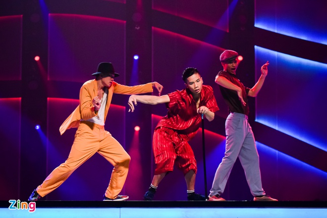 Quan quan Vietnam's Got Talent thi Thu thach cung buoc nhay hinh anh 2