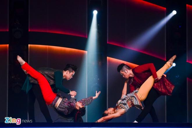 Quan quan Vietnam's Got Talent thi Thu thach cung buoc nhay hinh anh 7