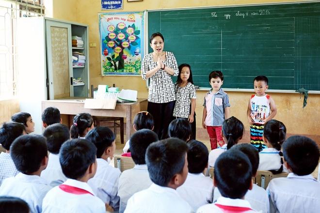 Viet Huong len vung cao lam tu thien sau live show 6 ty dong hinh anh 7
