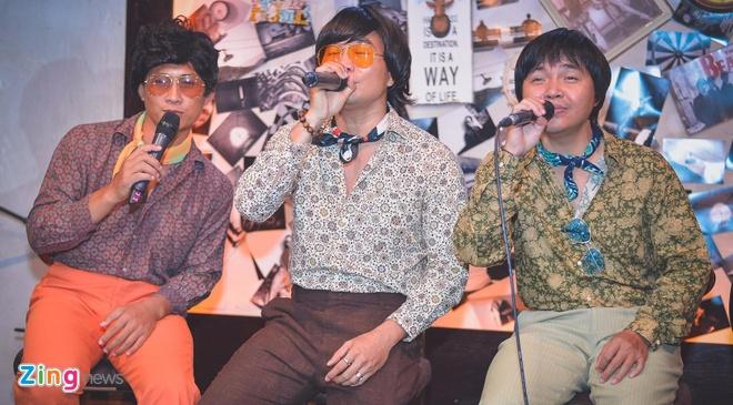 Nhom MTV khong ngai bi fan cua Son Tung M-TP 'nem da' hinh anh