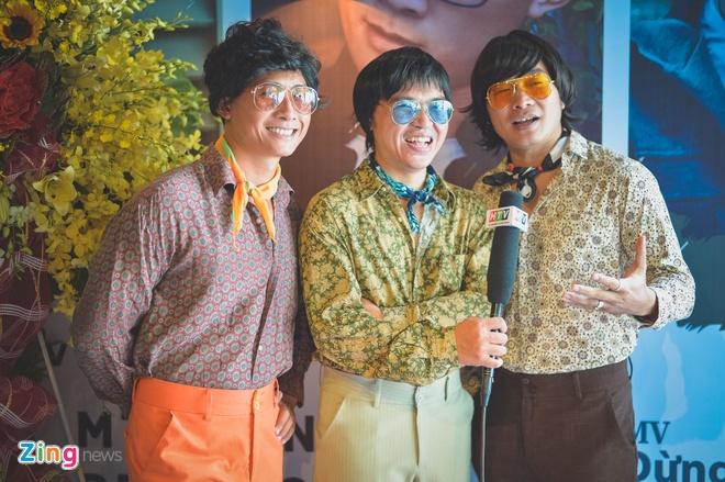 Le Minh: 'Dung nhin be ngoai' khong chi trich ca nhan nao hinh anh 1