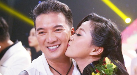Dam Vinh Hung cat toc Lieu Ha Trinh giup co len ngoi En Vang hinh anh
