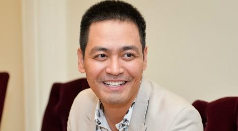 MC Phan Anh: 'Toi khong dai dung toi mot dong tu thien' hinh anh