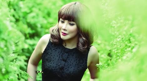 Album cua Ho Quynh Huong 'ha guc' Ho Ngoc Ha hinh anh