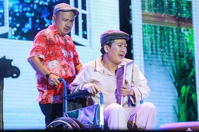 Nha Phuong xuat hien chop nhoang trong show Truong Giang hinh anh 7
