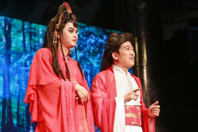 Nha Phuong xuat hien chop nhoang trong show Truong Giang hinh anh 10