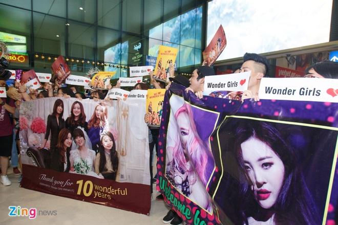 Nhom nhac Wonder Girls sang Viet Nam anh 1