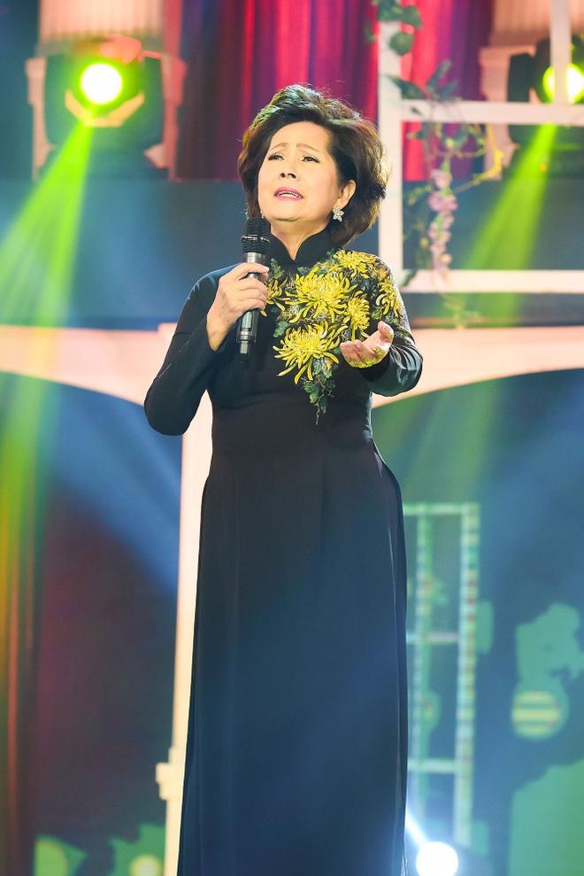 Thuy Tien bat ngo hat bolero sau rock va pop ballad hinh anh 7