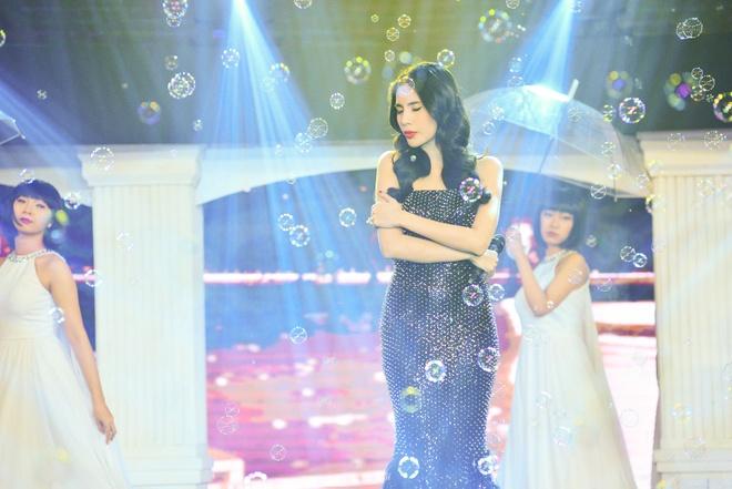 Thuy Tien bat ngo hat bolero sau rock va pop ballad hinh anh 2