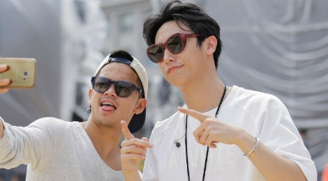Trong Hieu, Rocker Nguyen tap luyen duoi cai nang gay gat hinh anh