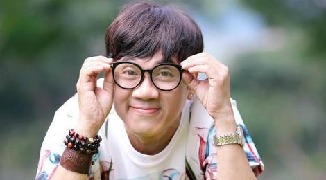 Thanh Loc khong du le trao giai Mai Vang vi Dr. Thanh hinh anh