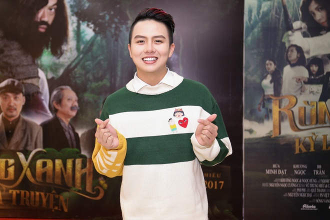 Fan vay quanh Hoai Linh tren tham do ra mat phim hinh anh 13