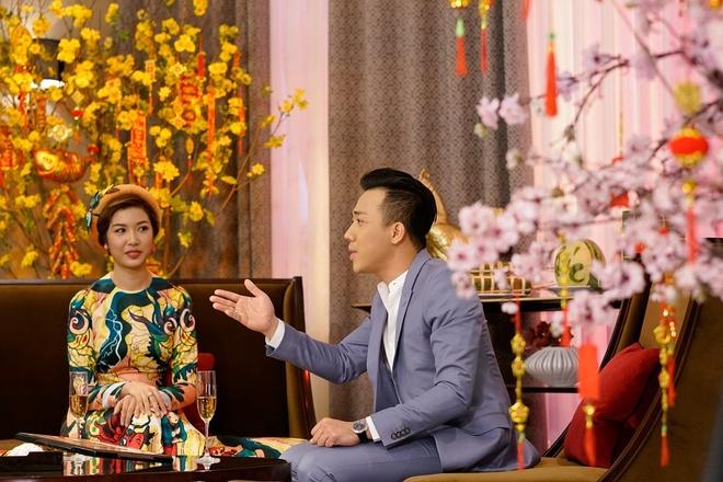 Tran Thanh hao hung ban chuyen nam Dau voi a hau Thien Ly hinh anh 3