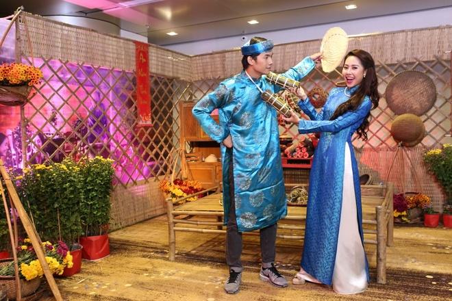 Nhan Phuc Vinh dong phim Co Tham ve lang 2 anh 3