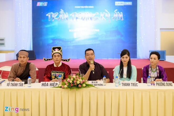 Hoa Hiep va Thanh Truc lan dau dong phim co trang pha an hinh anh 1