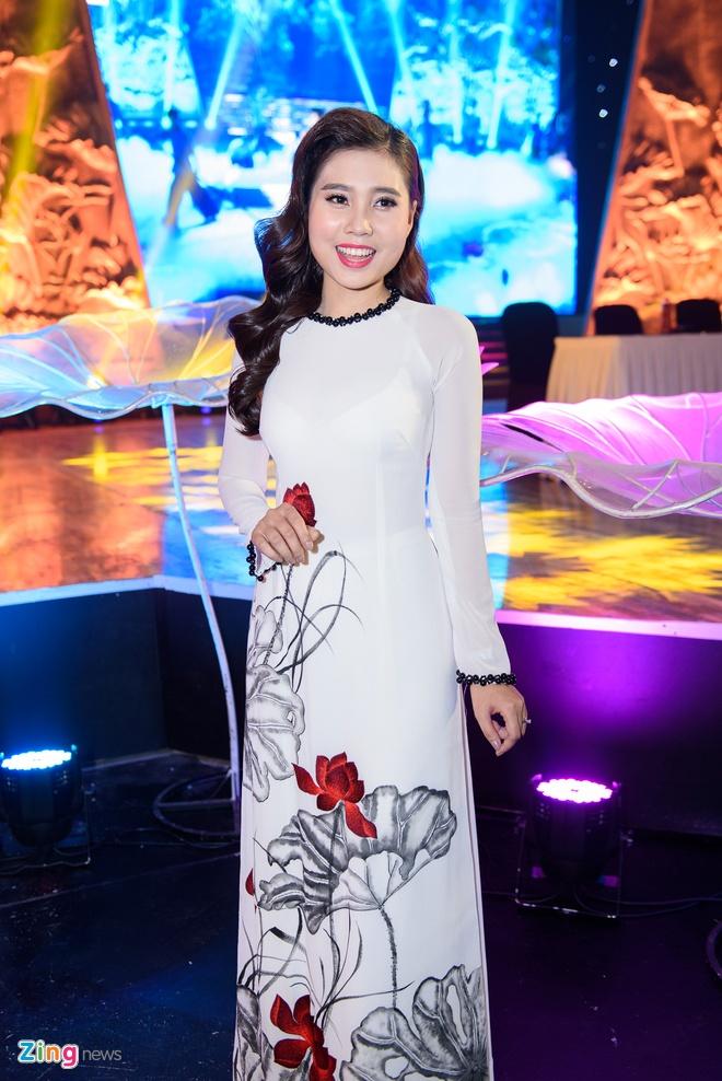 Le Phuong va ban trai thi Ngoi sao phuong Nam anh 3