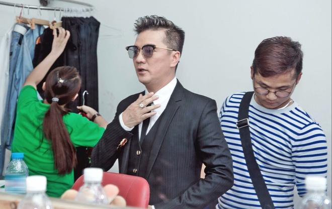 Thanh Thao va ban trai Viet kieu tinh tu trong canh ga hinh anh 3