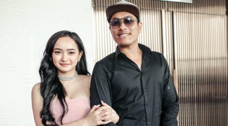 Kieu Minh Tuan so dong 'canh nong' voi dien vien chua du 18 tuoi hinh anh