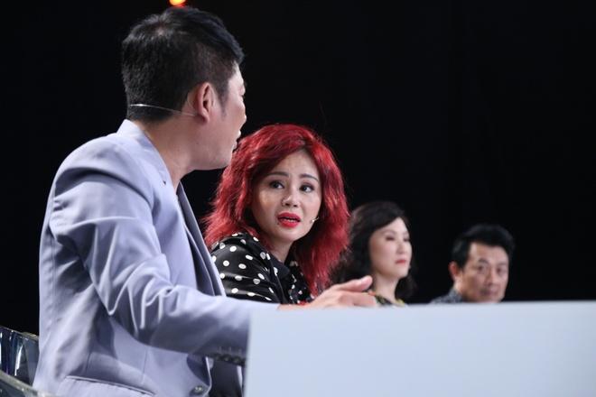 Tan Beo phan nan Le Giang me tien khi choi game show hinh anh 5