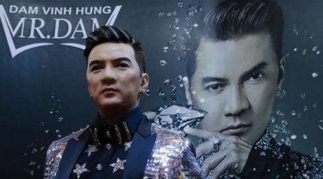 Dam Vinh Hung - Ly Hai ung y voi tuong sap, Isaac thong cam hinh anh