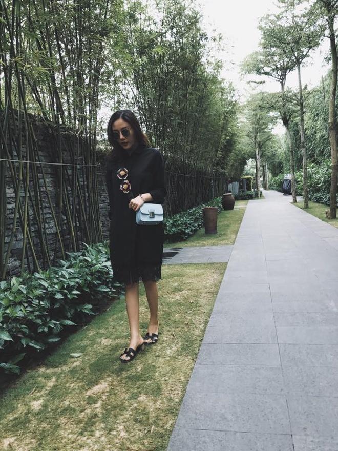 Hoa hau Dang Thu Thao va ban trai doanh nhan du lich o Da Nang dip le hinh anh 3