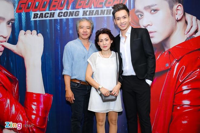 Bach Cong Khanh khang dinh la trai ngoan, chi hu hong trong MV hinh anh 5