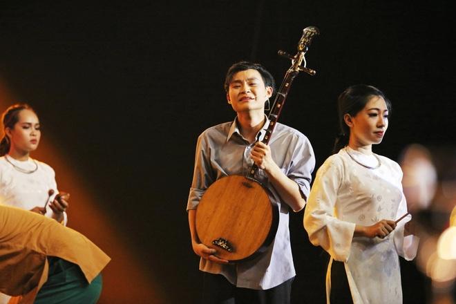 Luong Bang Quang xuc dong ke ve nguoi cha tat nguyen tu nam 4 tuoi hinh anh 17