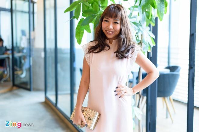 Thao Trang: 'Showbiz khac nghiet hon voi ca si da sinh con' hinh anh 2