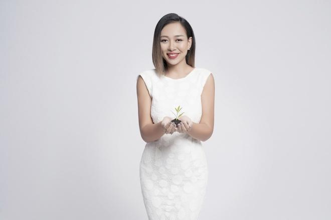 Thao Trang: 'Showbiz khac nghiet hon voi ca si da sinh con' hinh anh 1