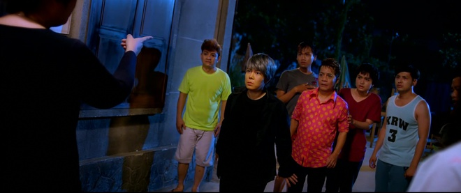 Viet Huong suyt ngat xiu sau canh danh nhau voi giang ho hinh anh 3