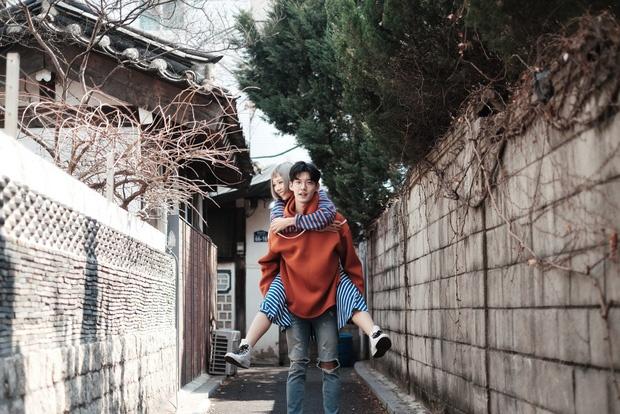 MV Min dong cap voi nguoi mau Han Quoc thong tri BXH Zing Mp3 hinh anh 1