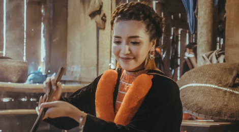MV moi cua Bui Bich Phuong danh bai Min tren BXH Zing hinh anh