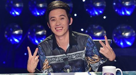 Tiet lo cat-xe cua Hoai Linh khi ngoi ghe nong Guong mat than quen hinh anh