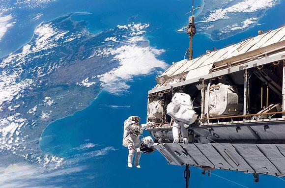 Hinh anh tuyet dep cua Trai dat quay tu ve tinh ISS HD hinh anh