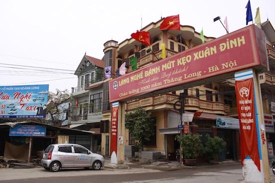 Lang nghe mut Tet Xuan Dinh 'dang chet' hinh anh