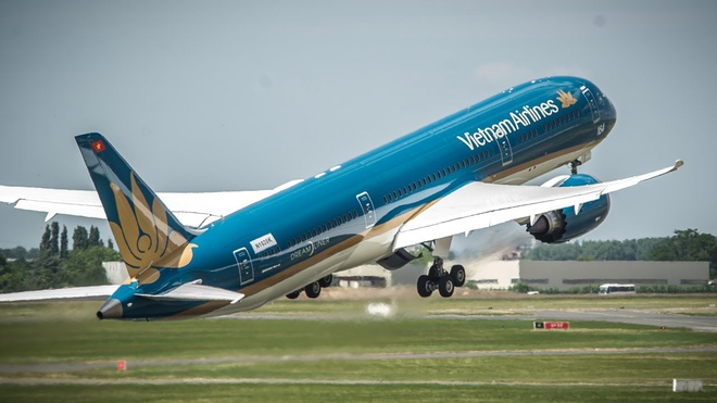 De xuat ap gia san ve may bay, Vietnam Airlines tinh thu them 2.500 ty hinh anh