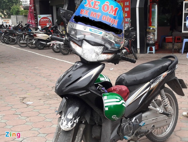 xe om truyen thong canh tranh voi grab,  uber anh 1