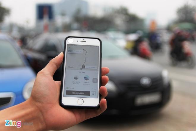Cuoc Uber: Bao mot dang, tinh tien mot neo? hinh anh