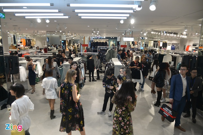 Zara, H&M, McDonald's ton bao nhieu tien de thue mat bang tai Ha Noi? hinh anh 3