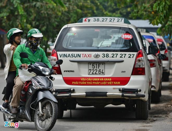Hiep hoi taxi Ha Noi, Da Nang, TP.HCM lai 'dong thanh' keu cuu Bo GTVT hinh anh
