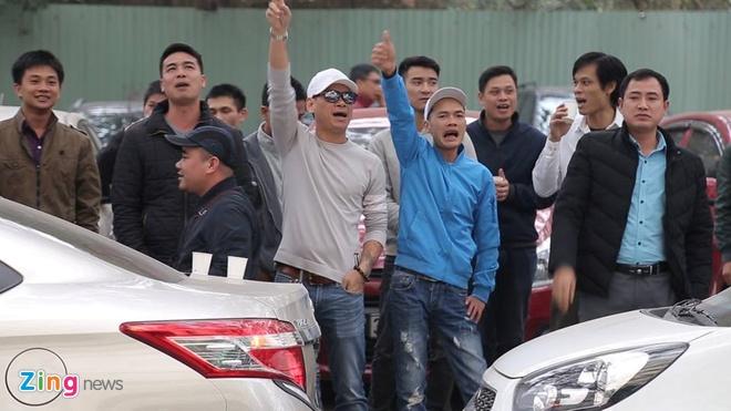 Uber Grab 'gop gao thoi com chung', nguoi Viet het mong di xe cuoc re? hinh anh 4