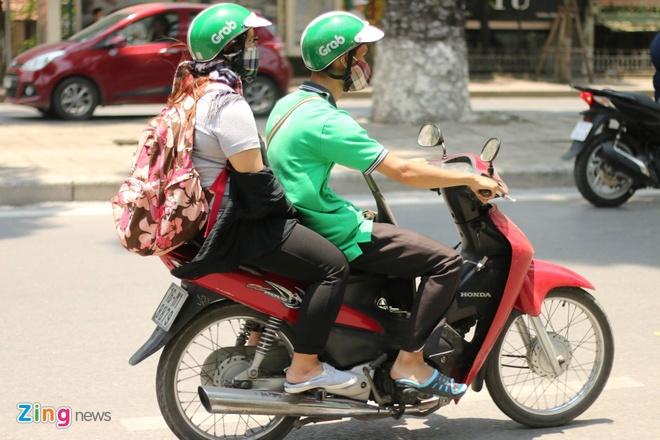 Grab, Uber tang gia gap 3 lan dip Tet: Can minh bach? hinh anh 2