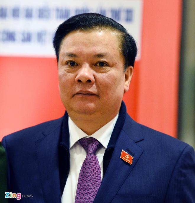 Bo truong Bo Tai chinh thay buon vi de xuat thu thue nha bi 'nem da' hinh anh 1
