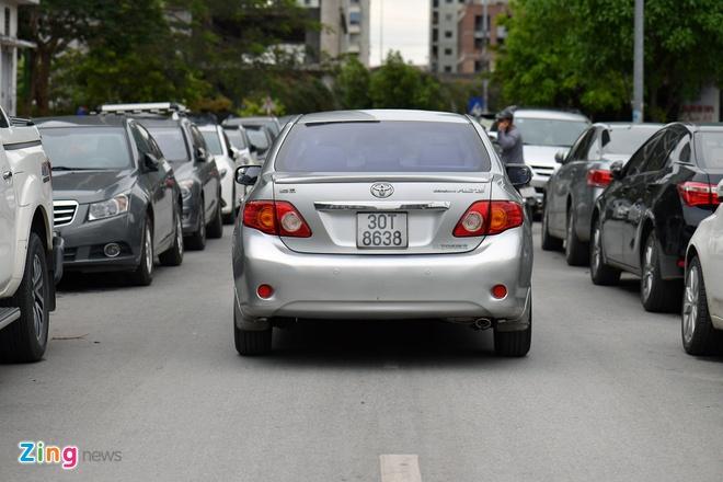 Bo Cong an bac de xuat cap bien so mau vang cho cac loai xe nhu taxi hinh anh
