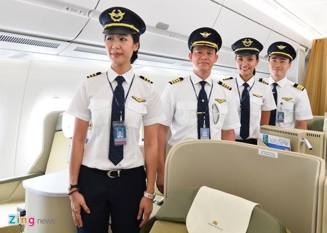 Hang loat phi cong Vietnam Airlines lai xin nghi viec, gui don cau cuu hinh anh 2