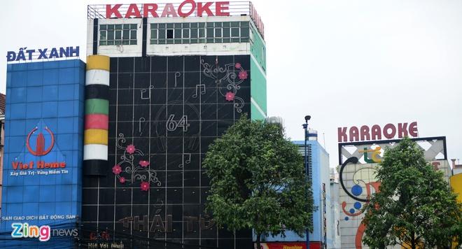 TP.HCM 'than kho' ve viec cap phep kinh doanh karaoke, massage hinh anh 1