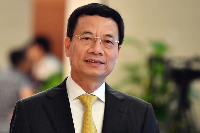 Trinh Quoc hoi phe chuan bo nhiem Bo truong Thong tin Nguyen Manh Hung hinh anh